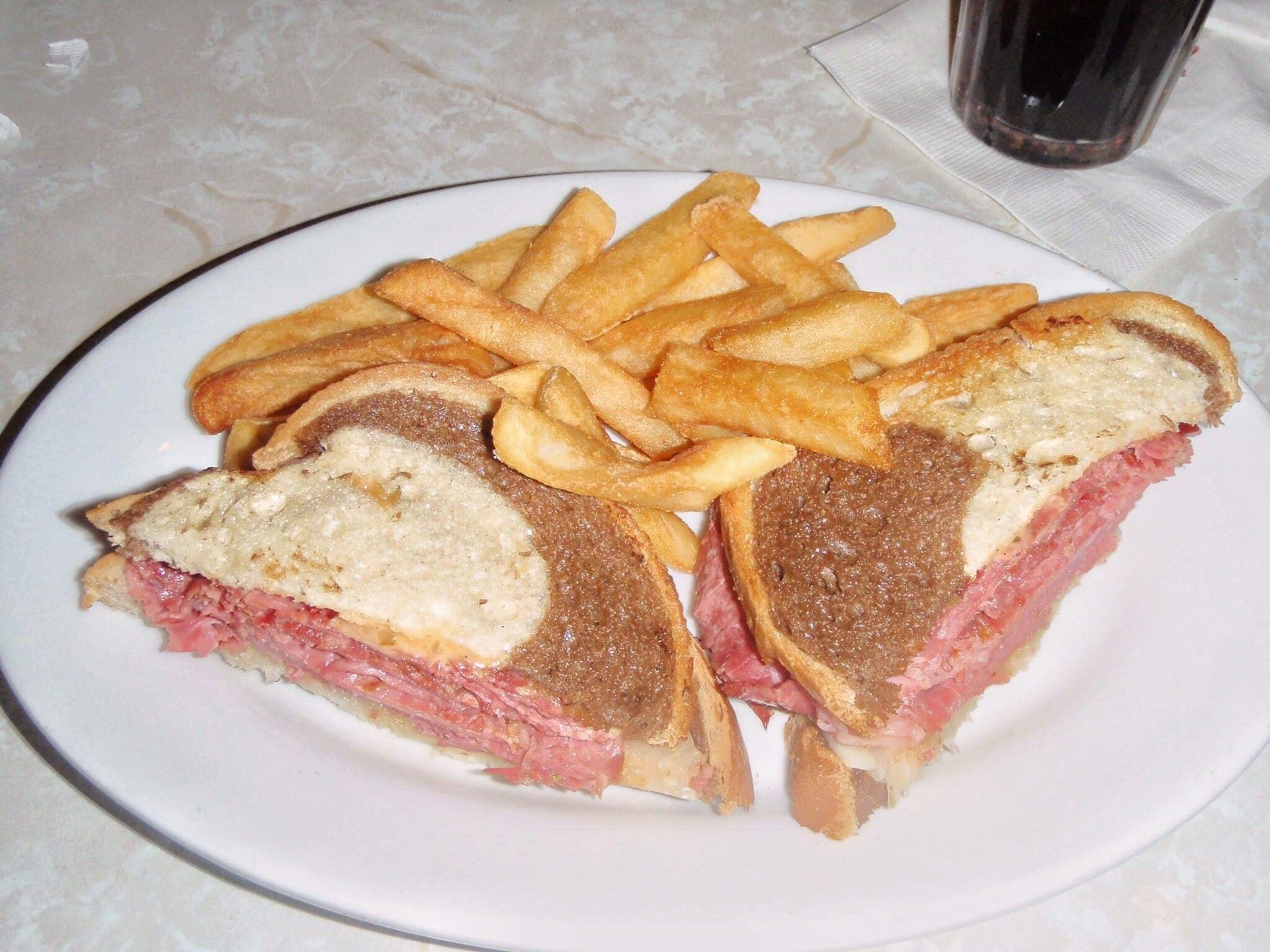 grilled ruben plaza restaurant